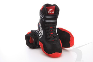 J6211A (wrestling shoes, black-red)