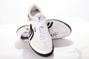 504-03 (shot-discus-hammer shoes, two straps, white-black)